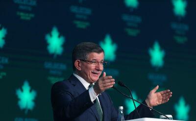 Były premier Turcji zaprezentował nową partię