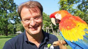 Papuga Douglas był gwiazdą filmu o Pippi.  Ptak zdechł w wieku 51 lat