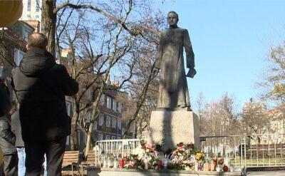 Władze Gdańska: ponowne postawienie pomnika Jankowskiego niezgodne z prawem