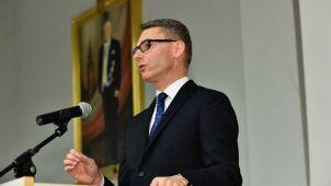 Został ambasadorem, a brał udział w głosowaniach. Terlecki: niedopatrzenie Kancelarii Prezydenta