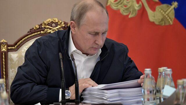 """Milion pytań. Putin """"porozmawia"""" dziś z narodem"""