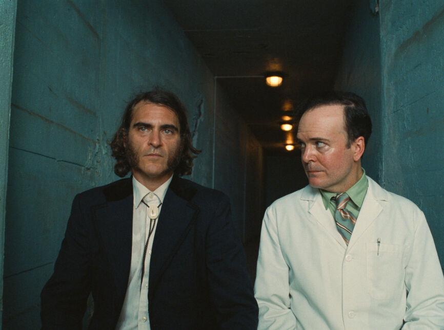 Joaquin Phoenix i Jefferson Mays