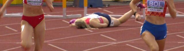Bolesny upadek czeskiej biegaczki