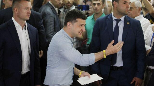 Exit poll: Sługa Narodu wygrywa wybory na Ukrainie. Zełenski ma pomysł na koalicjanta