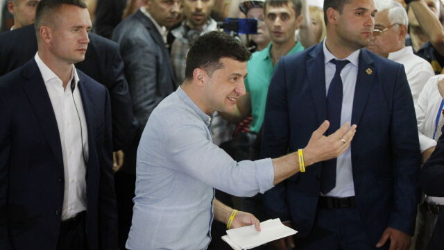 Exit poll: partia Wołodymyra Zełenskiego wygrywa wybory na Ukrainie