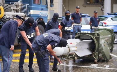 Włoska policja przejęła rakietę w czasie akcji przeciw neonazistom