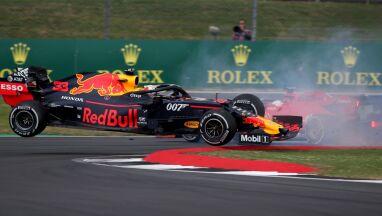 Vettel przeprosił za kraksę.