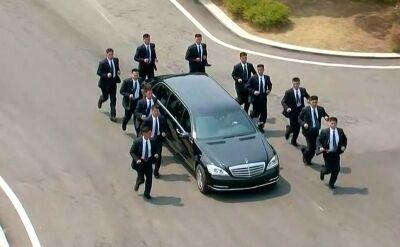 Przywódca Korei Północnej dysponuje luksusowymi samochodami mimo embarga