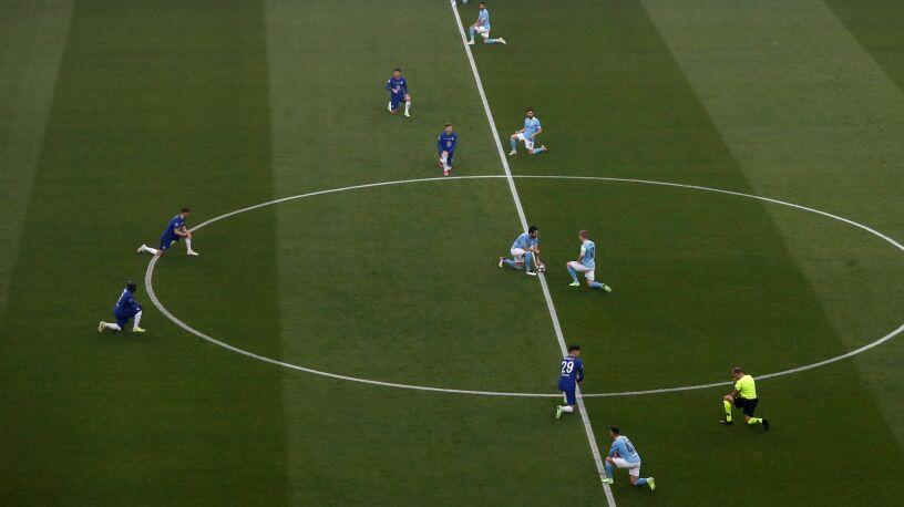 Piłkarz Chelsea przestał klękać przed meczami. Teraz tłumaczy, dlaczego