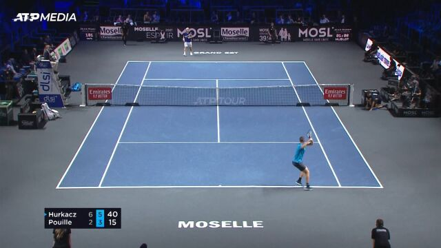 Hurkacz pokonał Pouille'a w 2. rundzie turnieju ATP w Metz