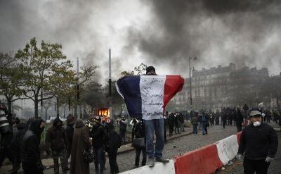 """Zamieszki w Paryżu w pierwszą rocznicę powstania ruchu """"żółtych kamizelek"""""""