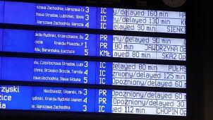 Pociągi w Krakowie opóźnione nawet  o ponad 2,5 godziny.