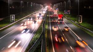 Rewolucja dla kierowców. Maksymalna prędkośćna autostradach zostanie ograniczona