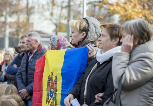 Protest przed gmachem parlamentu w Kiszyniowie