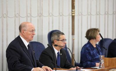 Senator Michał Seweryński przedstawia kandydaturę Stanisława Karczewskieg