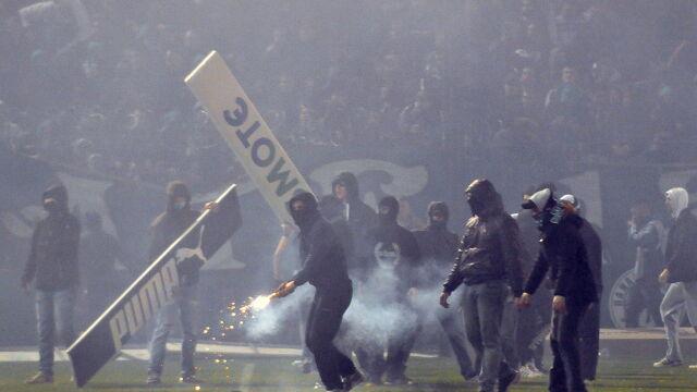 """Grecja też miała swoje """"El Clasico"""". I wielką zadymę na stadionie"""