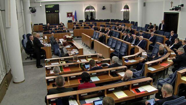Nocna dyskusja o TK w Senacie. Dziś głosowanie