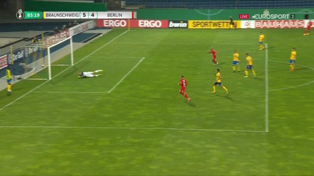 Puchar Niemiec. Eintracht Brunszwik - Hertha 5:4. Gol Dodi Lukebakio