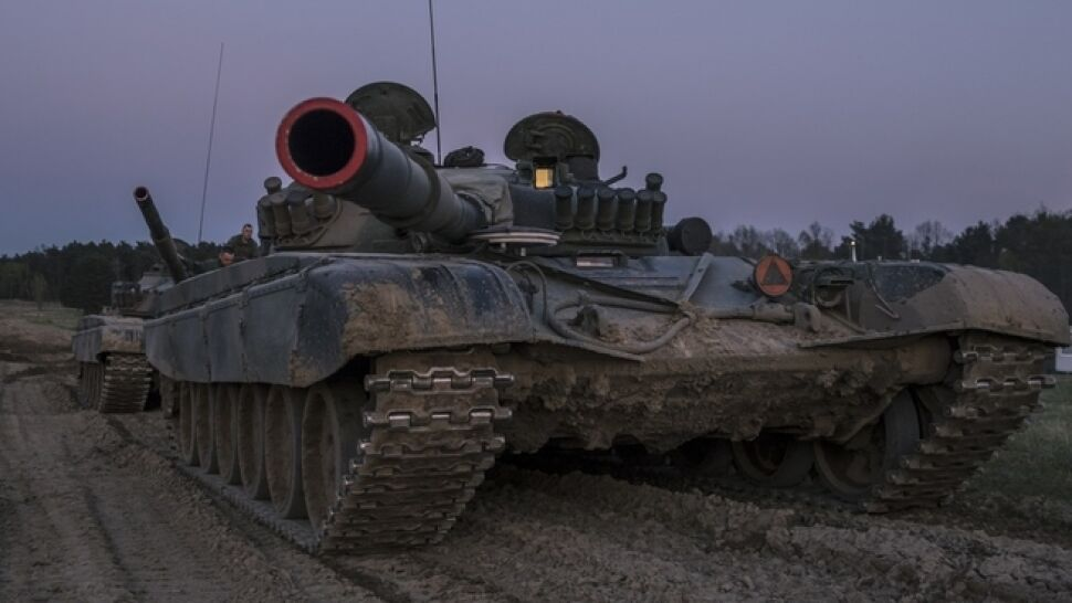 """Prawie dwa miliardy na remonty czołgów. Generał: to """"pudrowanie gó**a"""""""