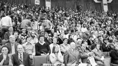 Publiczność w Hali Widowiskowo-Sportowej Arena podczas spotkania z Björnem Borgiem w 1978 r.