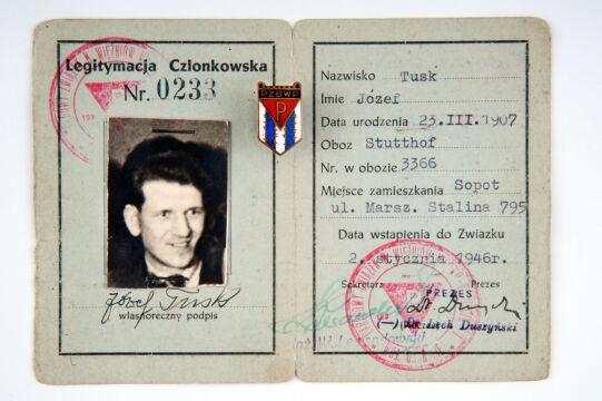 Legitymacja Józefa Tuska z własnoręcznym podpisem