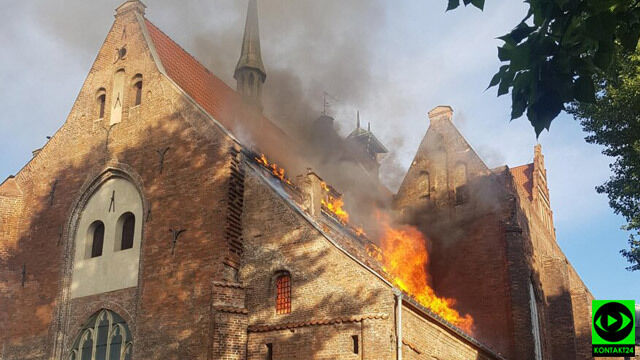 Pożar kościoła w centrum Gdańska
