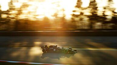 Renault pozostaje w F1.