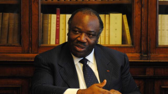 Rząd twierdzi, że wygrał Bongo. Demonstranci podpalili parlament