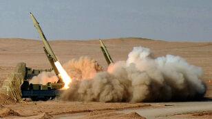 """Irańczycy """"przenoszą pociski do Iraku"""". """"Wykorzystują chaos"""""""