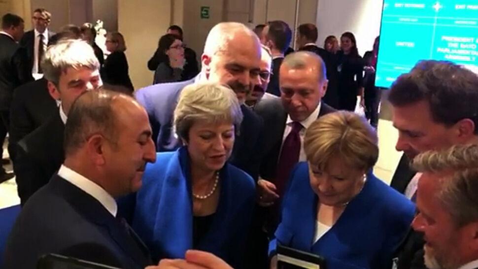 """""""Zrobiliście coś dla Bałkanów Zachodnich"""". May pocieszana po półfinale"""