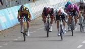 Powtórka finiszu 13. etapu Giro d'Italia. Gaviria dojechał do mety bez siodełka