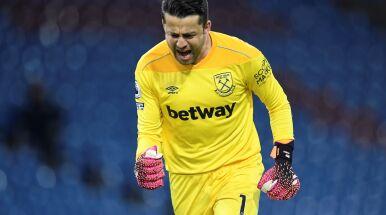 Bednarek strzelał, Fabiański bronił. West Ham zagra w pucharach