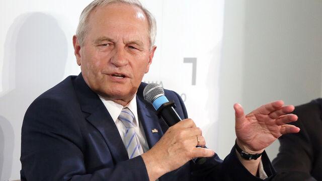 Generał Koziej: Żal mi ministra Kownackiego. Coś jest nie tak z profesjonalizmem służb