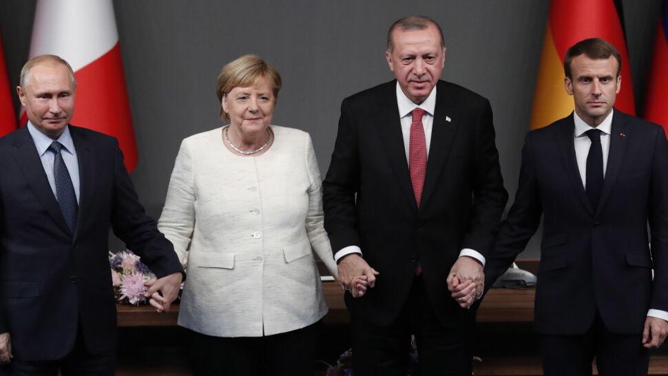 """""""Urocze"""". Prezydent o symbolicznym zdjęciu przywódców"""