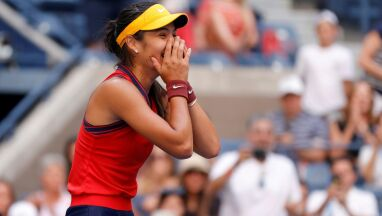 Ma 18 lat i już zatrzęsła światem tenisa. Trzecia taka zawodniczka w historii