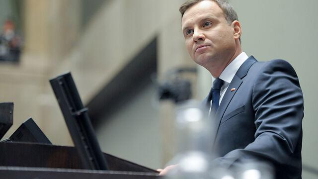 Według Magierowskiego prezydent nie może zaprzysiąc trójki sędziów, bo TK liczyłby 18 członków
