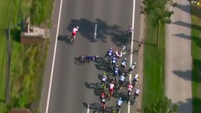Kraksa na finiszu belgijskiego klasyku. Wpadły na siebie dwa kolarskie pociągi
