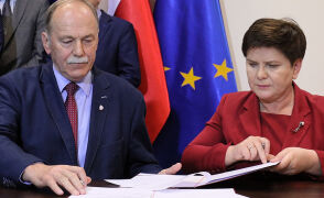 Oświatowa Solidarność podpisała porozumienie z rządem 7 kwietnia