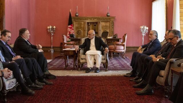 Niespodziewana wizyta sekretarza stanu w Kabulu
