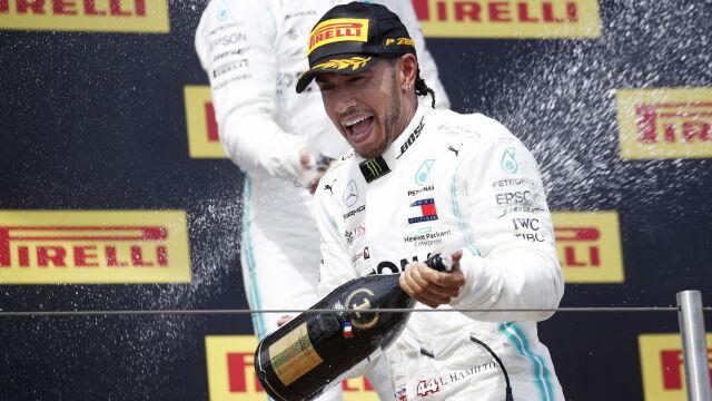 """""""Chyba najlepszy kierowca w historii"""". Hamilton poluje na rekordy Schumachera"""