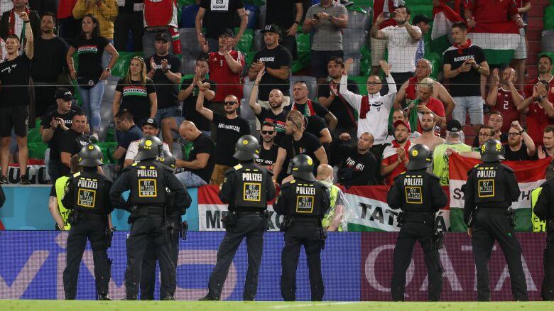 Węgrzy ukarani.