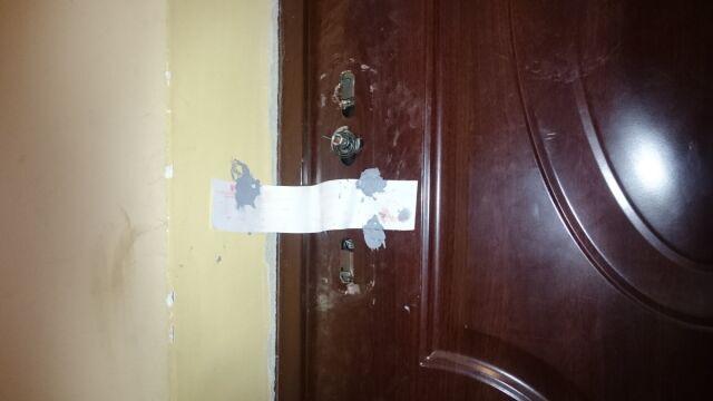 Wejście do mieszkania zablokowano