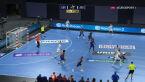 Barca wykorzystała błąd w rozegraniu akcji zawodników Aalborga w finale Final Four LM