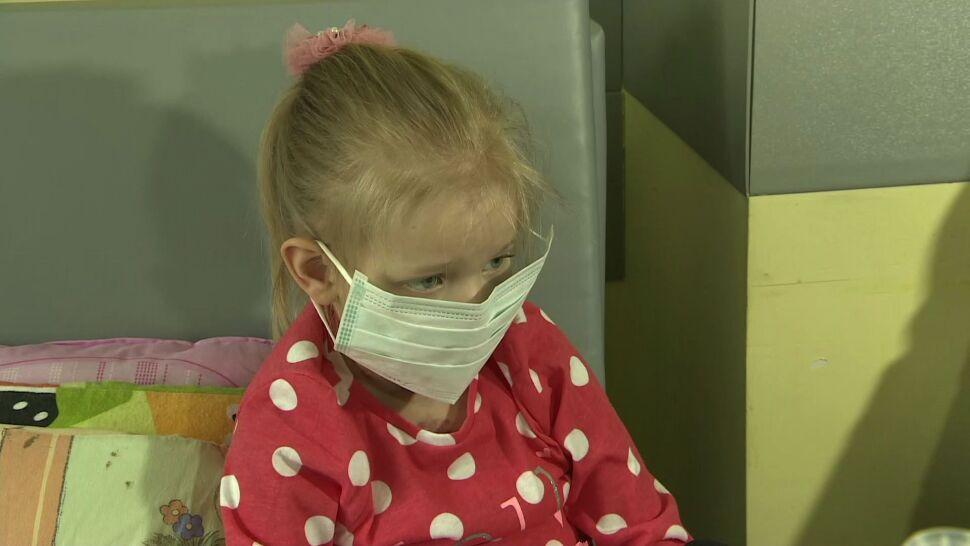 Po rocznym pobycie w szpitalu Julka wróciła do domu. Z nowym sercem