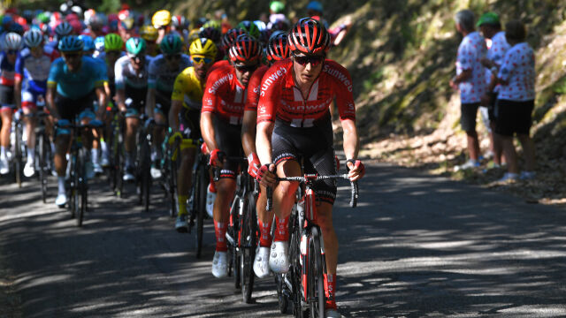 """Peleton Tour de France wjechał w góry. """"Prawdziwy początek rywalizacji"""""""