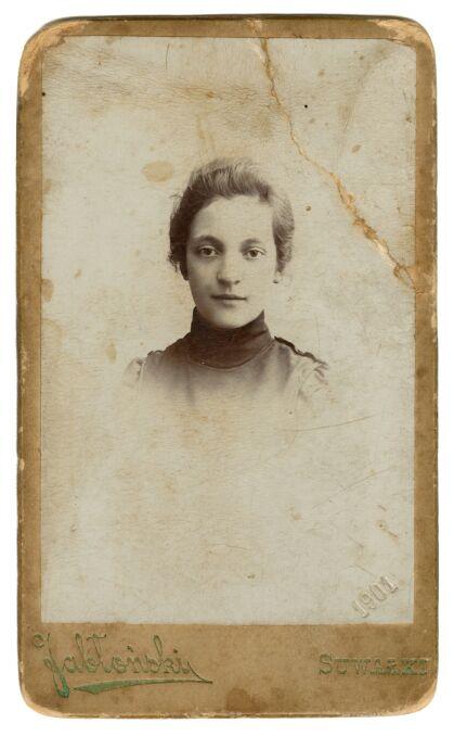 Aleksandra Szczerbińska w młodości