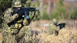 Macierewicz: obowiązkowa służba wojskowa powinna zostać przywrócona jak najszybciej