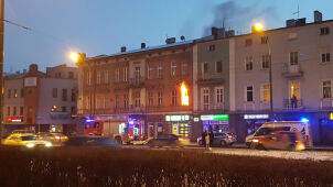 Pożar w kamienicy. Jedna osoba nie żyje, 12 ewakuowanych