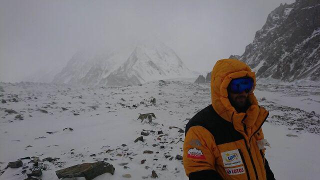 """Niepokojące prognozy pod K2. """"Okno się przesuwa"""""""