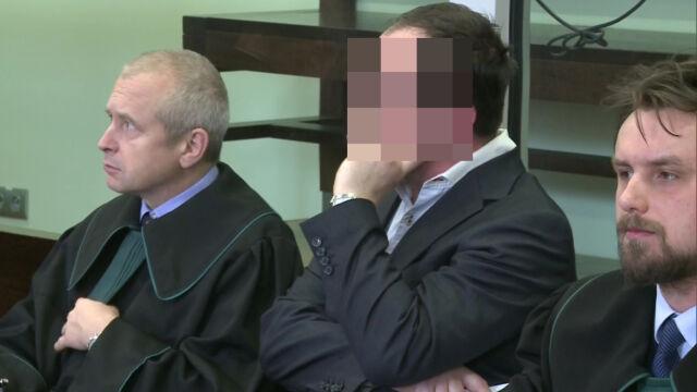 Gwałt i seks za wpisy do indeksu. Prokuratura chce przesłuchać 303 świadków, oskarżony profesor 500